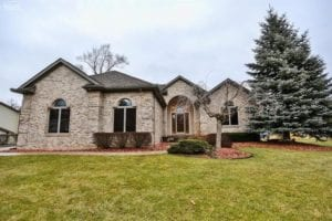 13501 Firestone Drive, Fenton, Michigan