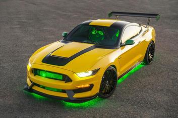 OLE YELLER Mustang GT350 EAA Air Venture